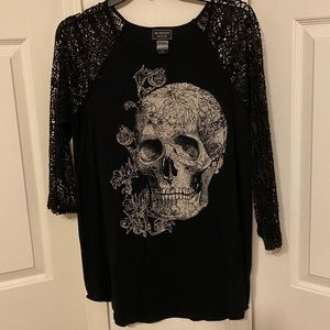 Hot Topic Midnight Hour Skull Top